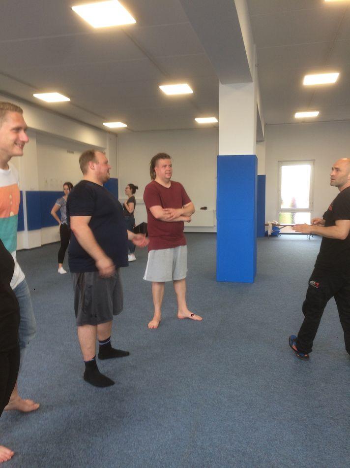 Reflex-Errfurt-KravMaga-Selbstverteidigung-Seminar-17