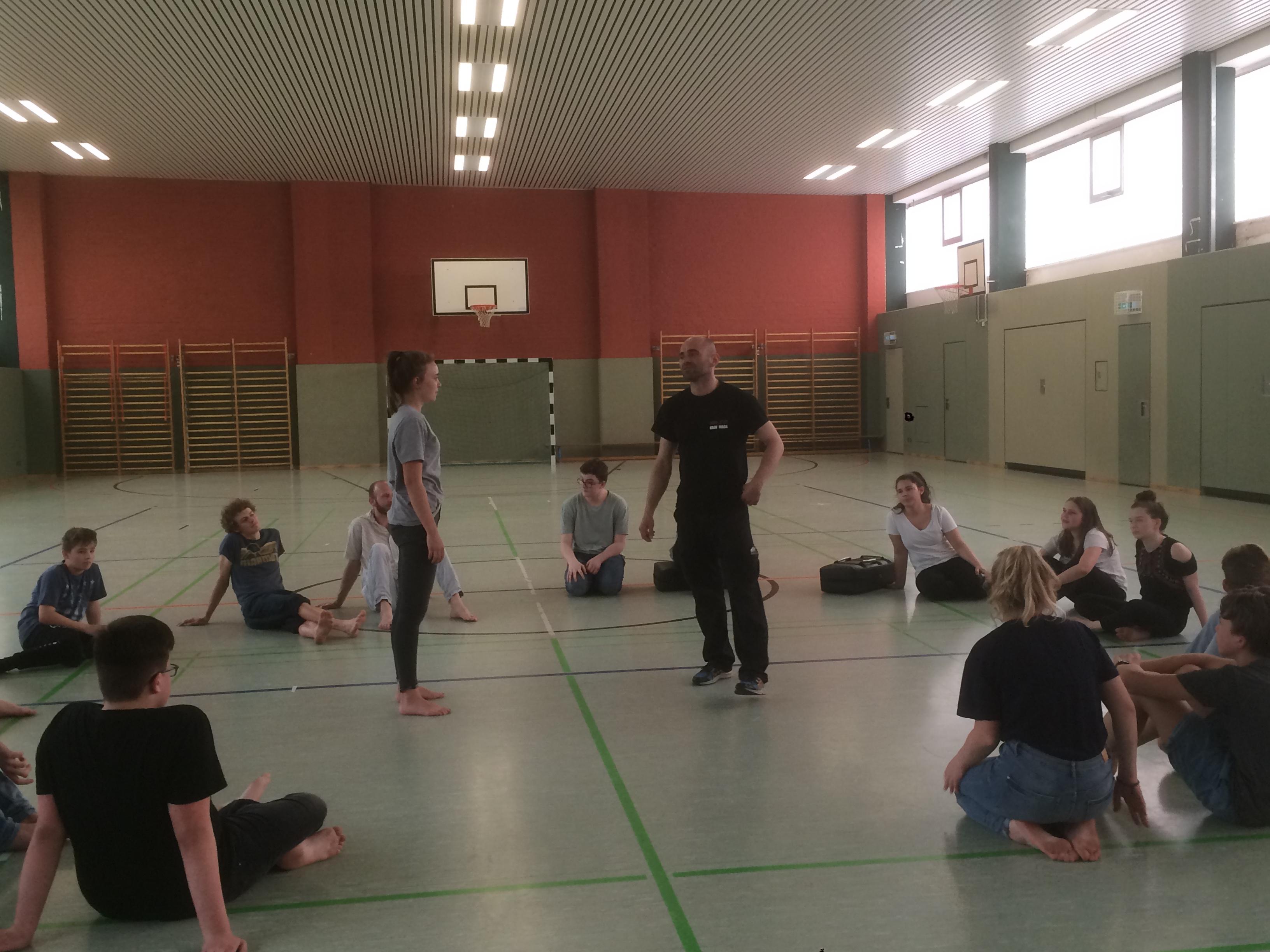 Selbstverteidigung im Seminar-Reflex-Erfurt-Krav Maga (8)